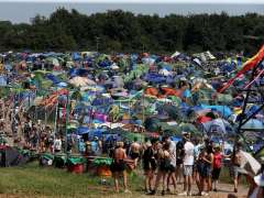 Festival Glastonbury guarda un minuto de silencio por los atentados