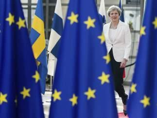 """La UE cree que la propuesta de May puede """"empeorar"""" los derechos de comunitarios tras el 'brexit'"""