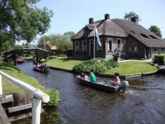 """Giethoorn, una pequeña """"venecia"""" holandesa"""