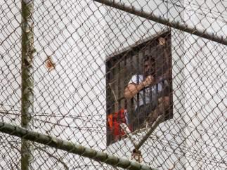 """Leopoldo López grita """"me están torturando"""" desde dentro de su celda en Venezuela"""