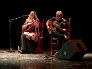 Anabel Rodríguez gana el concurso de cante flamenco Espárrago Verde de Oro