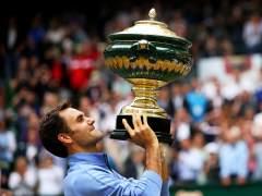 Federer gana su noveno título en Halle y avisa de cara a Wimbledon