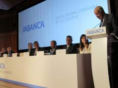 Junta de Abanca con Javier Etcheverría y Juan Carlos Escotet