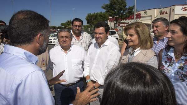 Juanma Moreno, junto a Zoido y Báñez en el puesto de mando