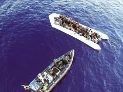 Rescatados 712 inmigrantes y refugiados frente a las costas de Libia