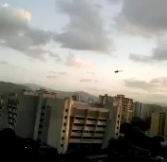Un polic a roba un helic ptero y dispara contra el for Ministerio del interior en ingles