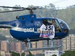 Un policía roba un helicóptero y dispara contra un ministerio en Venezuela