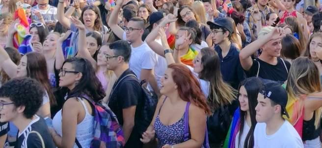Fiesta del X Pride Barcelona en la plaza Universitat.