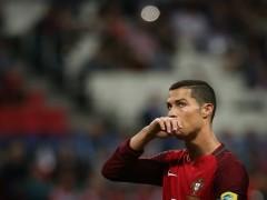 Cristiano Ronaldo recibe permiso para conocer a sus hijos