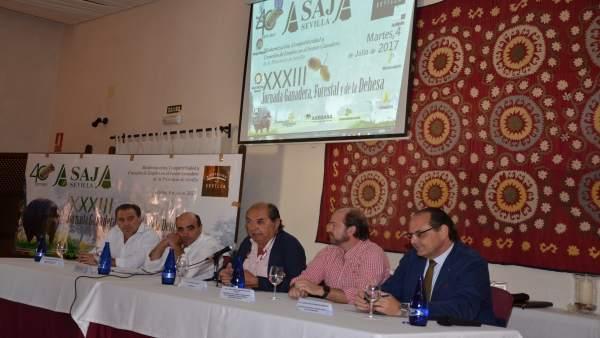 Jornadas de Asaja-Sevilla en Cazalla de la Sierra.