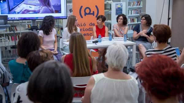 Presentació APP Agenda d'Expertes de la Unió de Periodistes