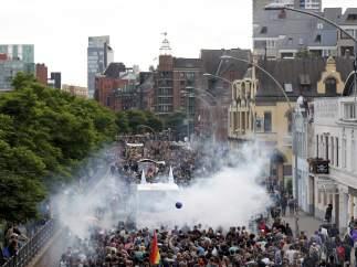 Manifestantes en Hamburgo contra el G-20