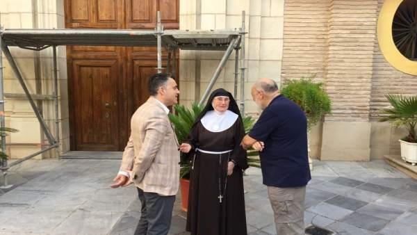 Lorca supervisa la fachada e la iglesia del Monasterio de Santa Clara la Real