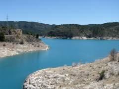 Diez cuencas hidrográficas españolas están contaminadas por unos 50 plaguicidas