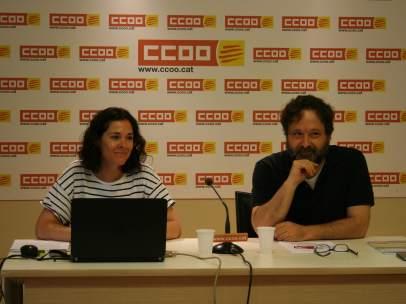 Romina Garcia y Ricard Bellera, en la presentación del informe de pobreza en el trabajo