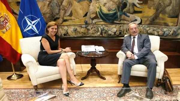 El alcalde de Oviedo, Wenceslao López, junto a María Dolores de Cospedal