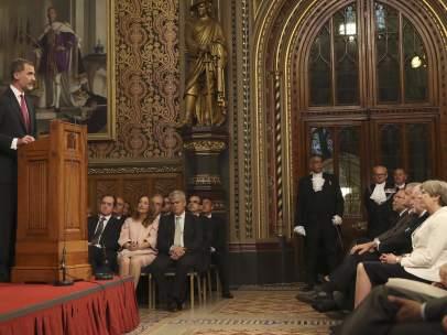 Felipe VI, Theresa May