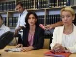 La fiscal general del caso, Laureline Peyrefitte, declara ante los medios