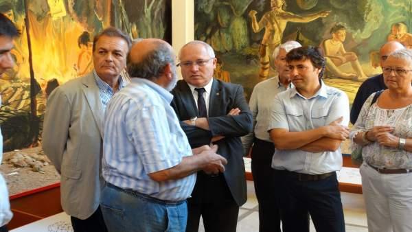 El conseller Lluís Puig visita Serinyà (Girona)
