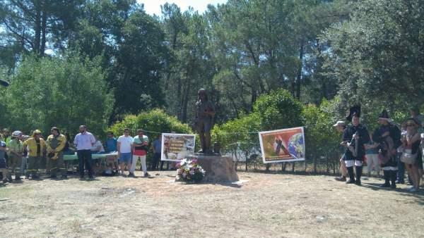 Ávila.- Inauguración de la estatua en Casavieja
