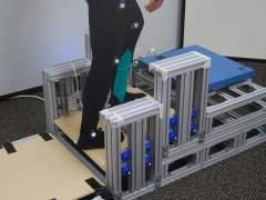 Diseñan un dispositivo que ayuda a subir las escaleras