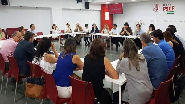 Reunión de Caraballo con el PSOE de la capital.