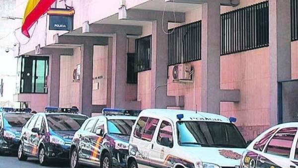 Exterior de la Comisaría de Linares