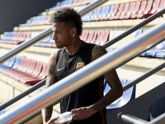 El padre de Neymar desvela que el Barça gastó en su hijo 200 millones