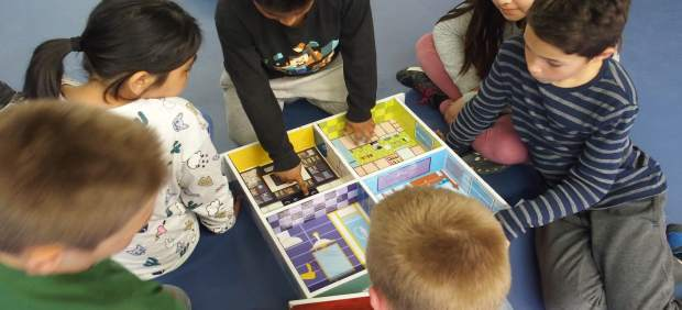 Un grupo de alumnos en uno de los talleres