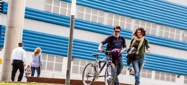 Educació inverteix 500.000 euros en les beques d'excel·lència per als alumnes universitaris