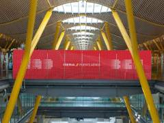 Iberia anuncia a los sindicatos un ERE de hasta 960 trabajadores