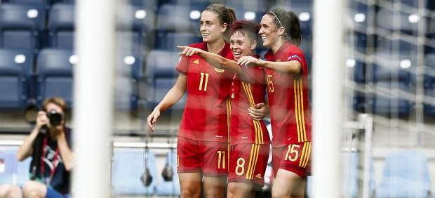 España debuta en el Europeo femenino ganando con solvencia a Portugal