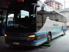 Da a luz en un autobús de Alsa en Marrakech y la empresa le regala un bono de transporte vitalicio