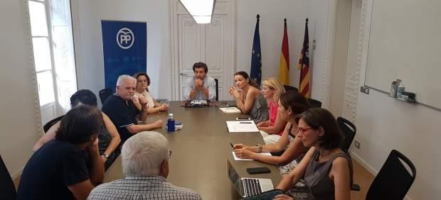 Company se compromete con 'Illes per un Pacte' a estudiar el documento del Pacto por la Educación ...