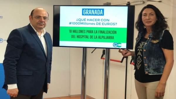Sebastián Pérez y Loles López en rueda de prensa en Granada
