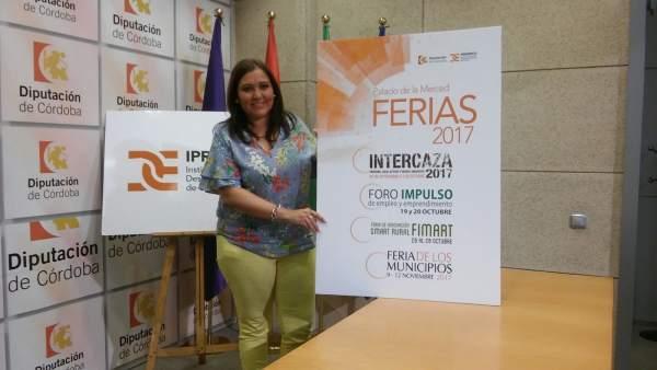 Carrillo presenta las ferias comerciales organizadas por la Diputación