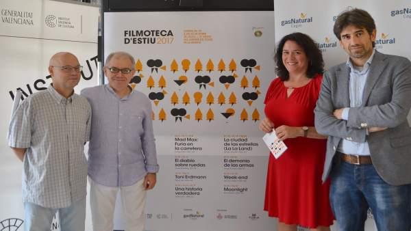 Cinema de carretera i per primera vegada una pel·lícula amb subtítols en valencià en la Filmoteca d'Estiu