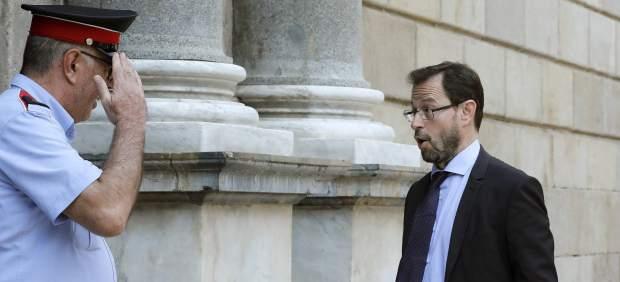 El Fiscal Grinda entrando en la Generalitat