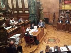 Barcelona prevé un recargo de dos euros por hora en zona azul en episodios de contaminación