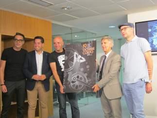 Rodríguez Osés con responsables del festival y el director creativo
