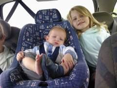 Si vas a viajar con niños en el coche, atiende a estos consejos