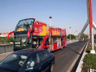 Autobús turístico en Sevilla.