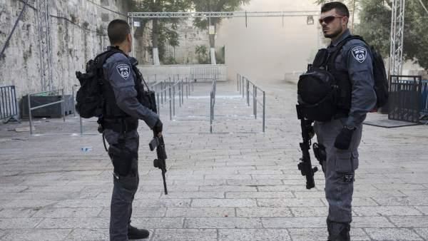 Policías fronterizos israelíes