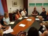 Parlamentarias socialistas por Huelva se reúnen con el sector de autoescuelas.