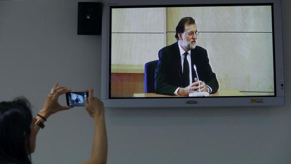 """Rajoy: """"Jamás me he ocupado de asuntos económicos en el PP"""""""