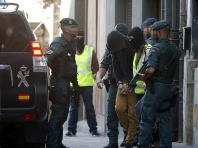 Detenido en Vizcaya por difundir ideología yihadista en las redes