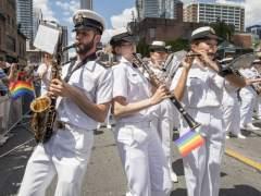 El Ejército de Canadá responde al veto de Trump invitando a los transexuales