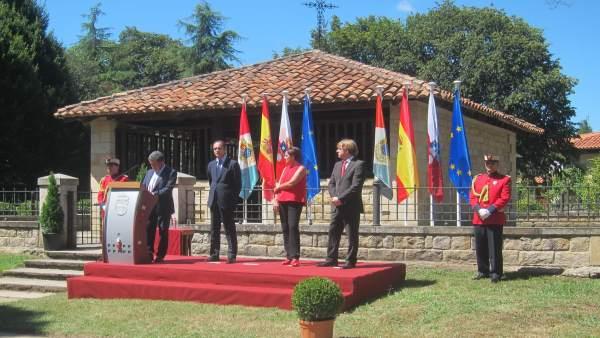 Resultado de imagen de Día de las Instituciones de Cantabria