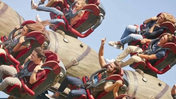 Parques de atracciones y acuáticos: el subidón de adrenalina está garantizado