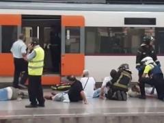 Al menos 49 heridos en un accidente de tren en Barcelona